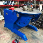 1. Used 3 Tonne Welding Positioner, blue with 3 jaw chuck