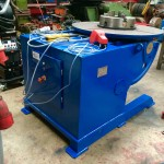 2. Used 3 Tonne Welding Positioner, blue with 3 jaw chuck