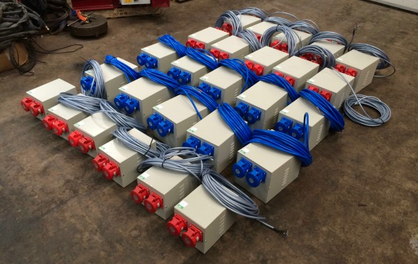 415V 3 Phase 16 Amp Distribution Boxes and 240V Single Phase 32 Amp Splitter Boxes