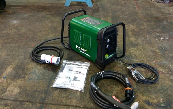 Thermal Dynamics Cutmaster 25 Plasma Cutter for Hire