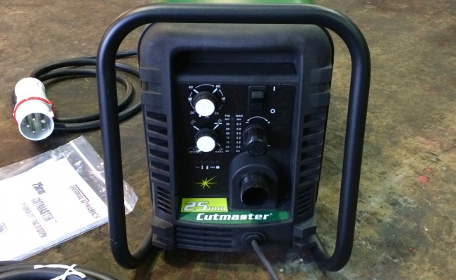 2. Thermal Dynamics Cutmaster 25 Plasma Cutter