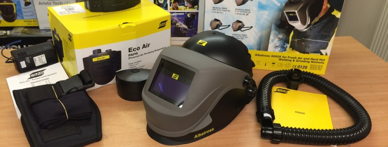 ESAB Albatross 4000X Auto Darkening Prepared for Air with Internal Clear Visor Air Fed Welding Helmet, 9 -13