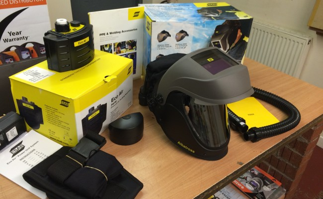 3. ESAB Albatross 4000X Auto Darkening Air Fed Welding Helmet with Internal Grinding Visor