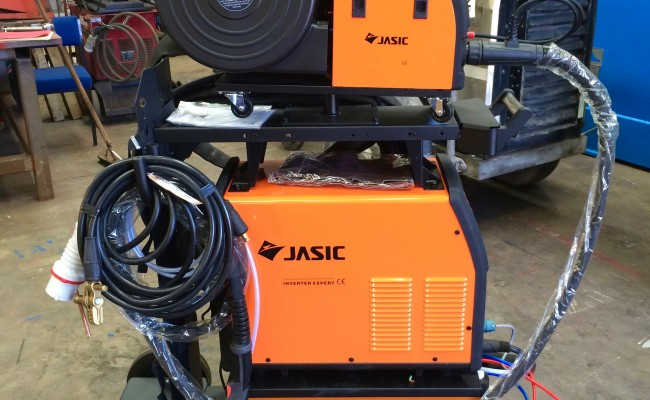 2. Jasic MIG 450 Water Cooled MIG Welder Inverter Package