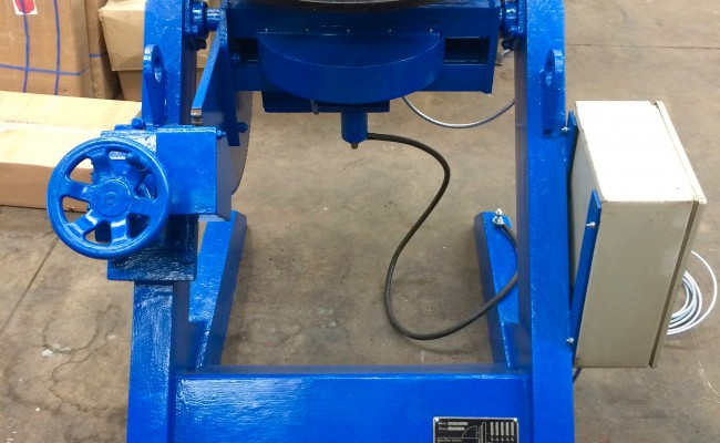5. Fully Reconditioned MPE Yates 750kg Manual Tilt Welding Positioner with Foot Pedal Control, 415V