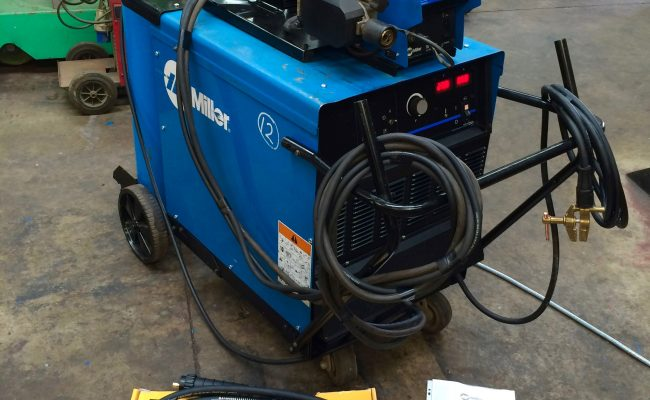 1. Miller Deltaweld 402 415V with Miller S-74DX Wire Feeder MIG Welder Package