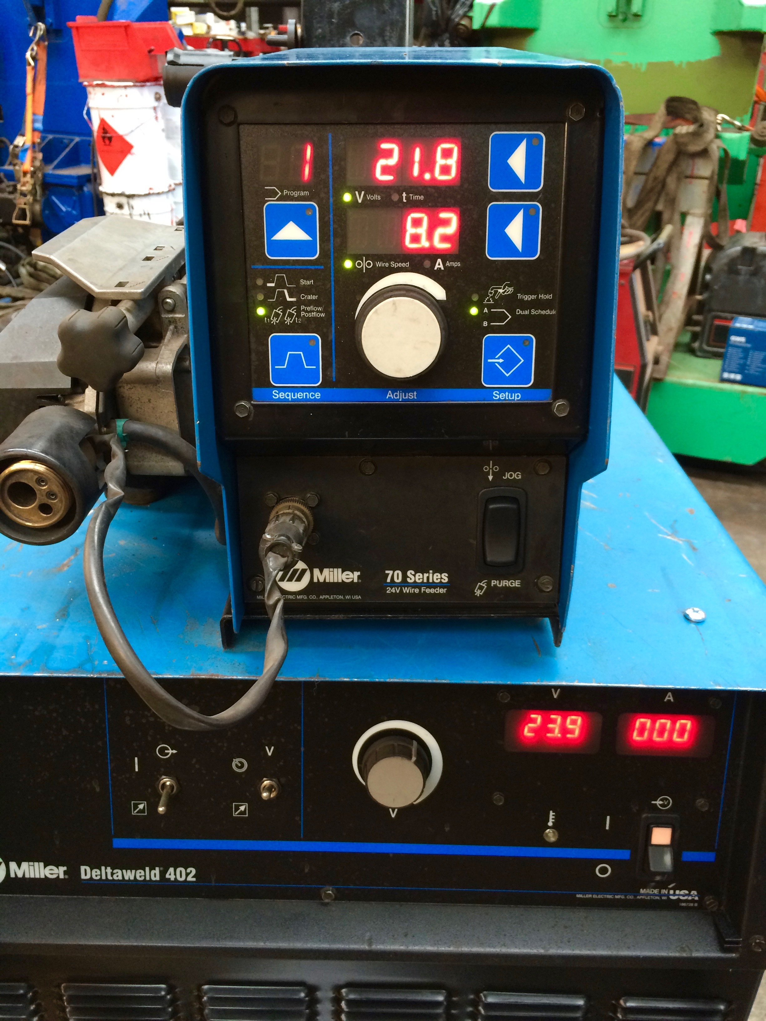 Miller deltaweld 402 with miller s 74dx wire feeder mig - Webaccess leroymerlin fr ...