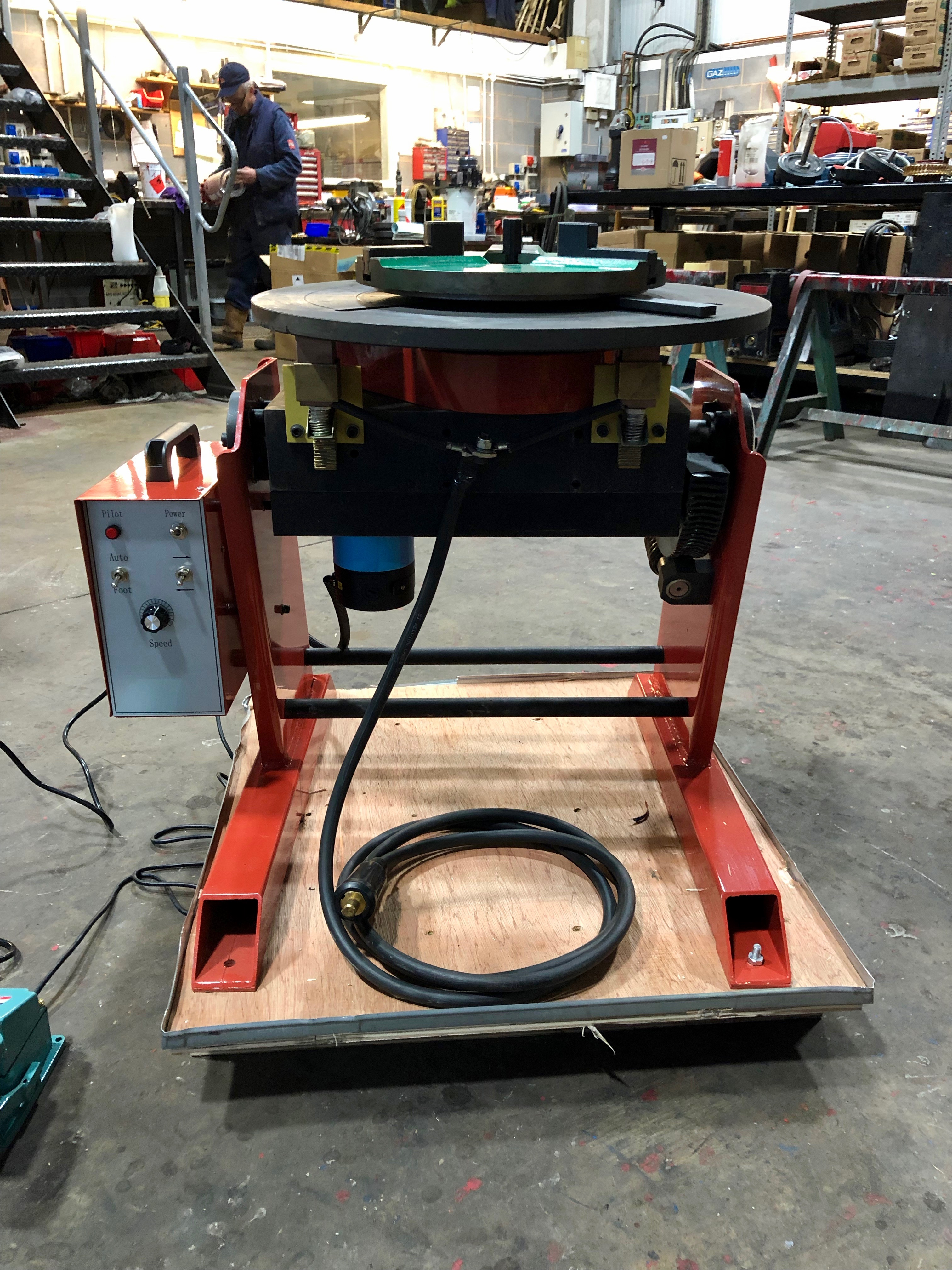 300kg SWL SPECIAL Welding Positioner with 90mm hole through table