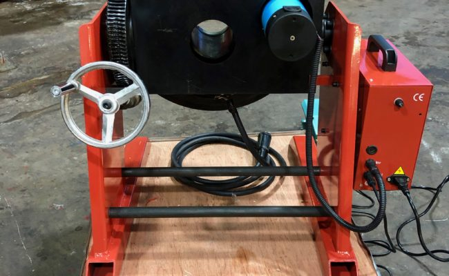 300kg SWL SPECIAL Welding Positioner with 90mm hole through table-8