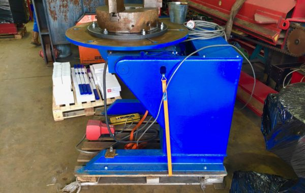 BODE 10VH 500kg SWL fully motorised welding positioner with 3 jaw 400mm chuck