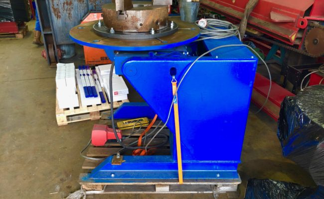 BODE 10VH 500kg SWL fully motorised welding positioner with 3 jaw 400mm chuck-1