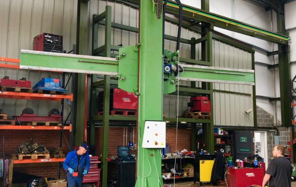 Refurbishing Armco 5.5 x 4.6 metre column and boom welding manipulator full rebuild process