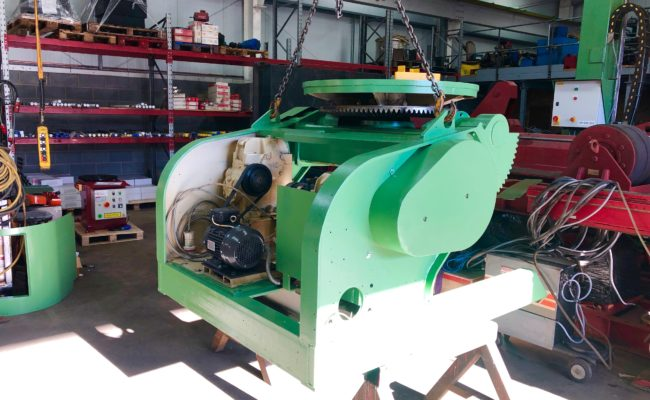 Refurbishing BODE 100SP 5 tonne SWL welding positioner with 600mm 3 jaw chuck-11