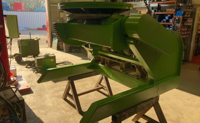 Refurbishing BODE 100SP 5 tonne SWL welding positioner with 600mm 3 jaw chuck-12