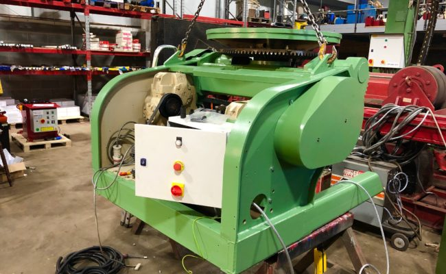 Refurbishing BODE 100SP 5 tonne SWL welding positioner with 600mm 3 jaw chuck-13