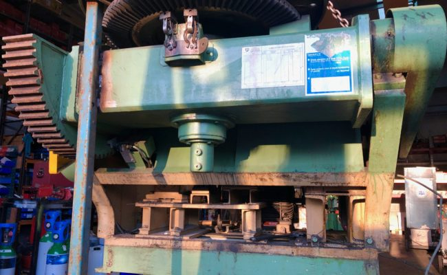 Refurbishing BODE 100SP 5 tonne SWL welding positioner with 600mm 3 jaw chuck-5