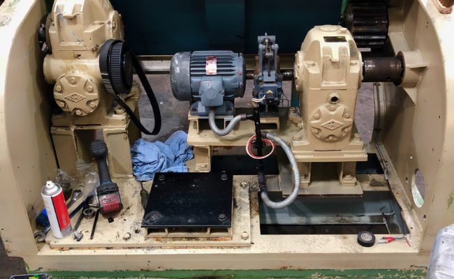 Refurbishing BODE 100SP 5 tonne SWL welding positioner with 600mm 3 jaw chuck-8