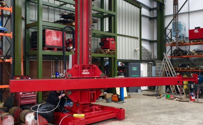 Spectrum hire fleet MPE 4 x 5 travelling base column and boom welding point manipulator-2